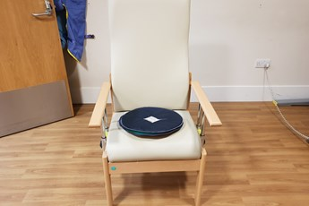 Photo of Rotary Turntable for the Car, Chair and Beds